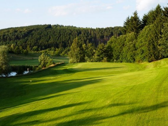 Kurhessischer Golfclub Bahn 11 Fahne