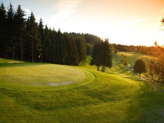 Kurhessischer Golfclub Bahn 16 Fahne